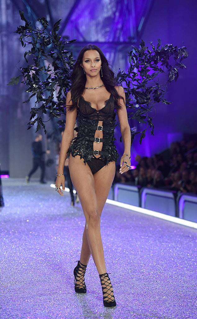 Lais Ribeiro, 2016 Victoria's Secret Fashion Show
