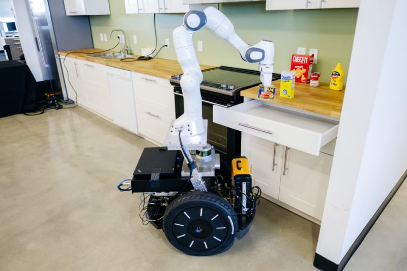 Kitchen manipulator robot