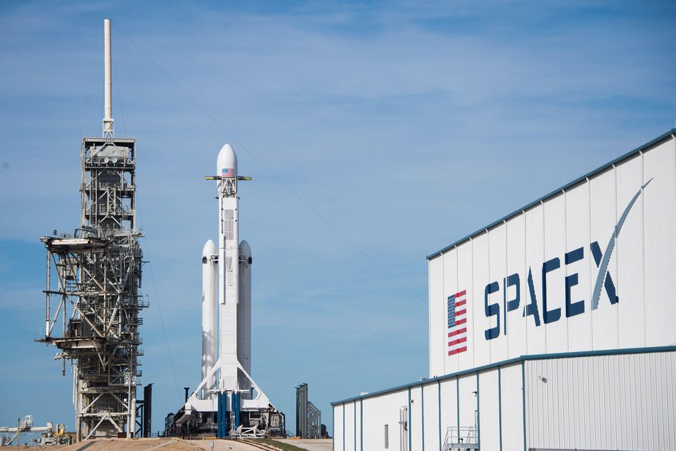 TOPSHOT-US-SPACE-SPACEX-AEROSPACE-space-aerospace