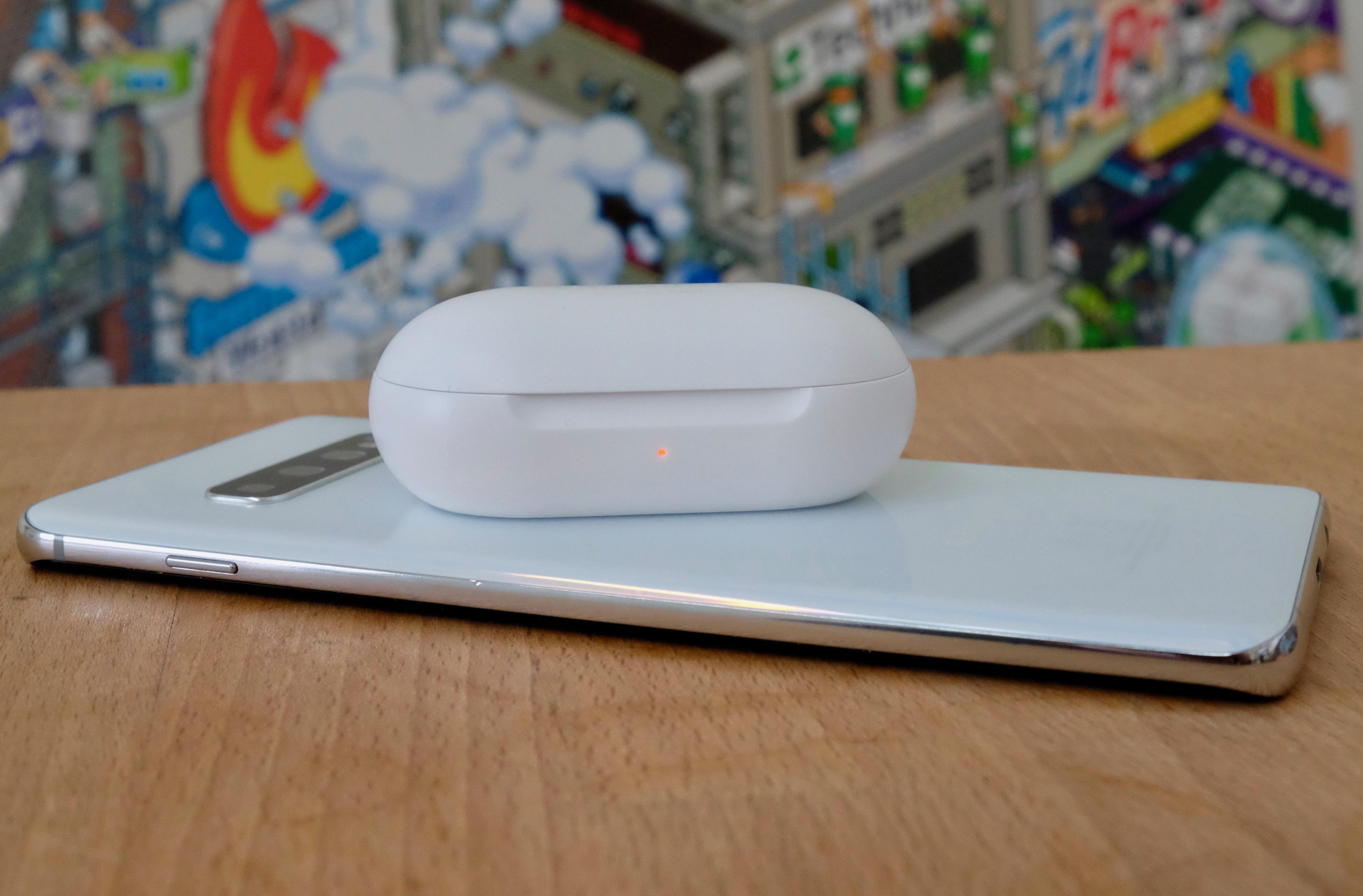 s10-plus-wireless-powershare