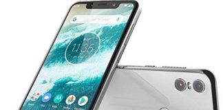 "Motorola Moto One - Android One - 64 GB - 13+2 MP Dual Rear Camera - Dual SIM Unlocked Smartphone (at&T/T-Mobile/MetroPCS/Cricket/H2O) - 5.9"" HD+ Display - XT1941-3 - (International Version) (White)"