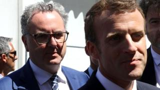 French President Emmanuel Macron (R) and president of the French National Assembly Richard Ferrand
