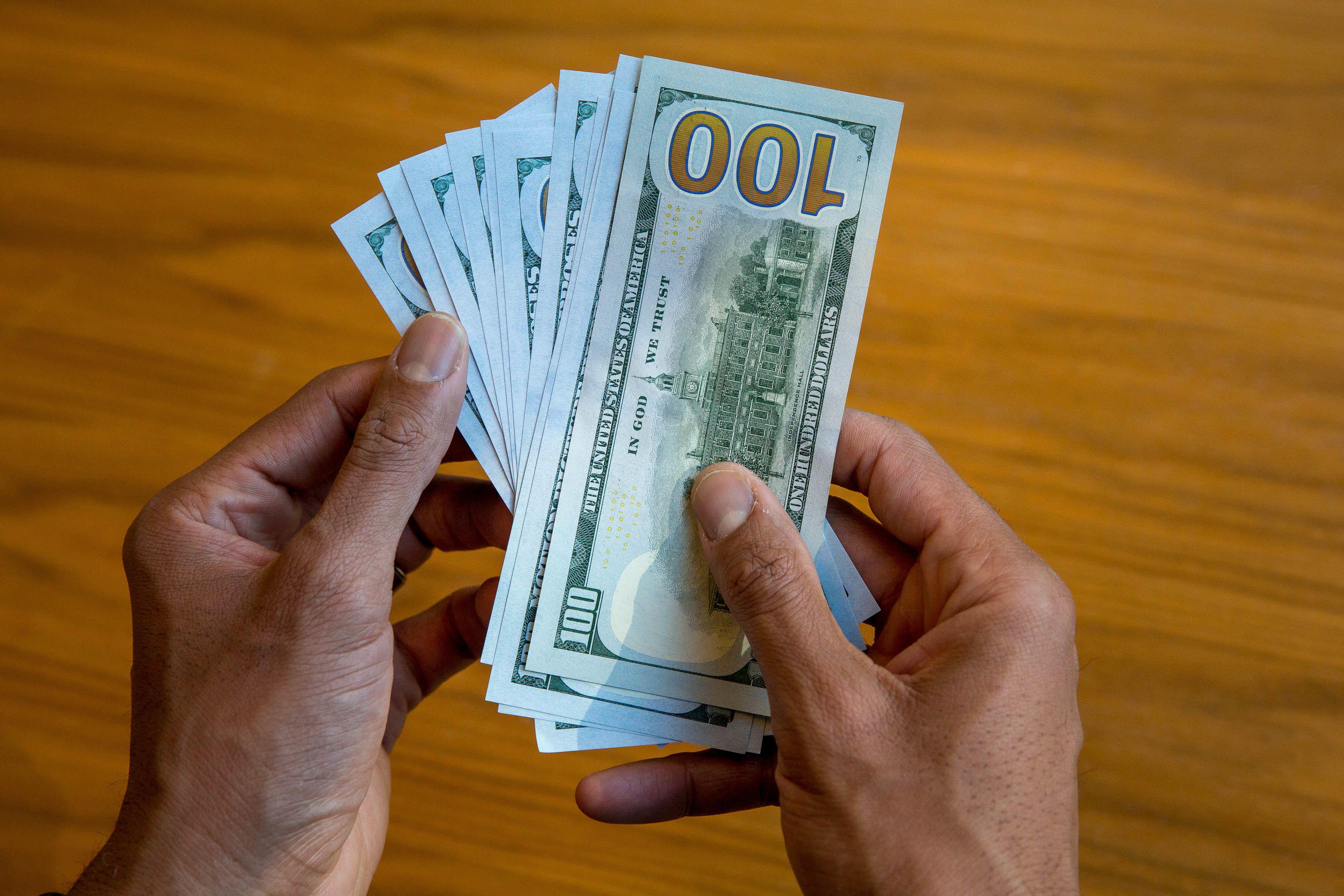 dollars-money-4
