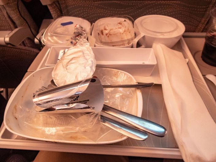 The waste from a meal on an Emirates flight. (Photo: Alphotographic via Getty Images)