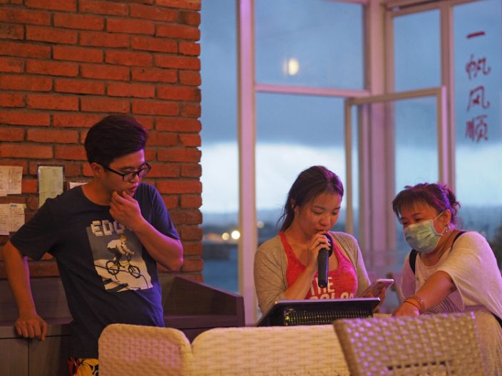 Chinese tourists trapped in Bali during Coronavirus
