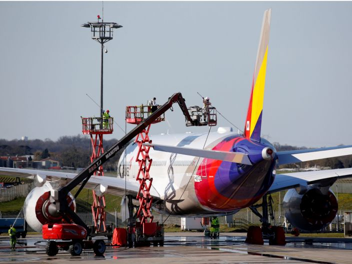 FILE PHOTO: An Asiana Airlines Airbus A350-900 is seen at the Airbus delivery center in Colomiers near Toulouse, France, March 20, 2019. REUTERS/Regis Duvignau/File Photo