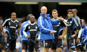 Scolari takes charge of Chelsea training.