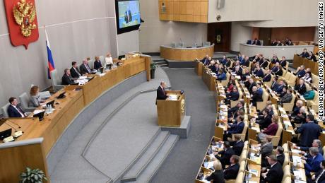 Putin backs amendment that could see him run Russia until 2036