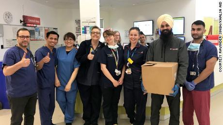 The people helping strangers during the coronavirus pandemic