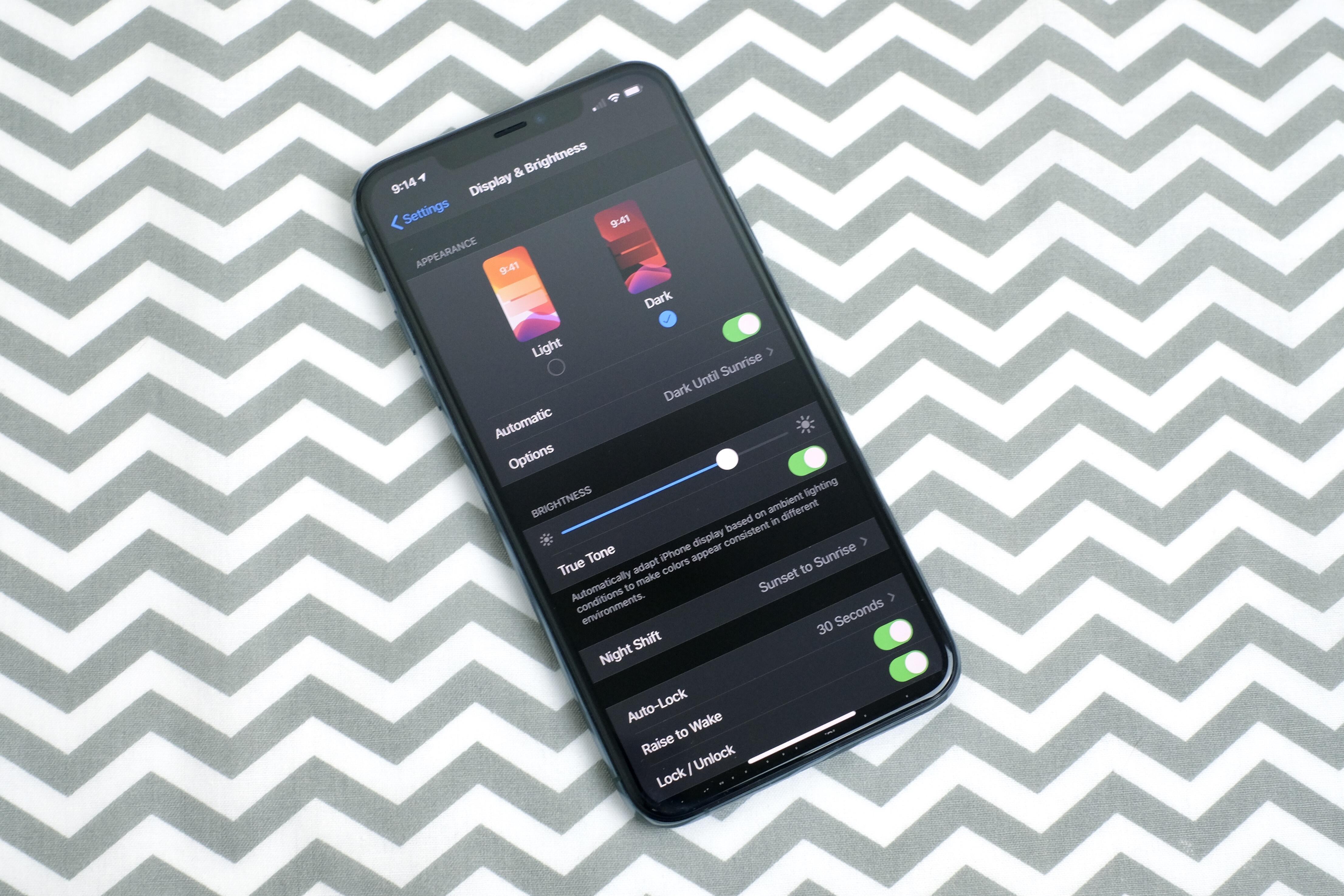 dark-mode-iphone-11