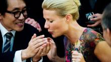 """Beth Emhoff (Gwyneth Paltrow) is considered the index case in """"Contagion,"""" here seen transmitting the virus to another patient."""