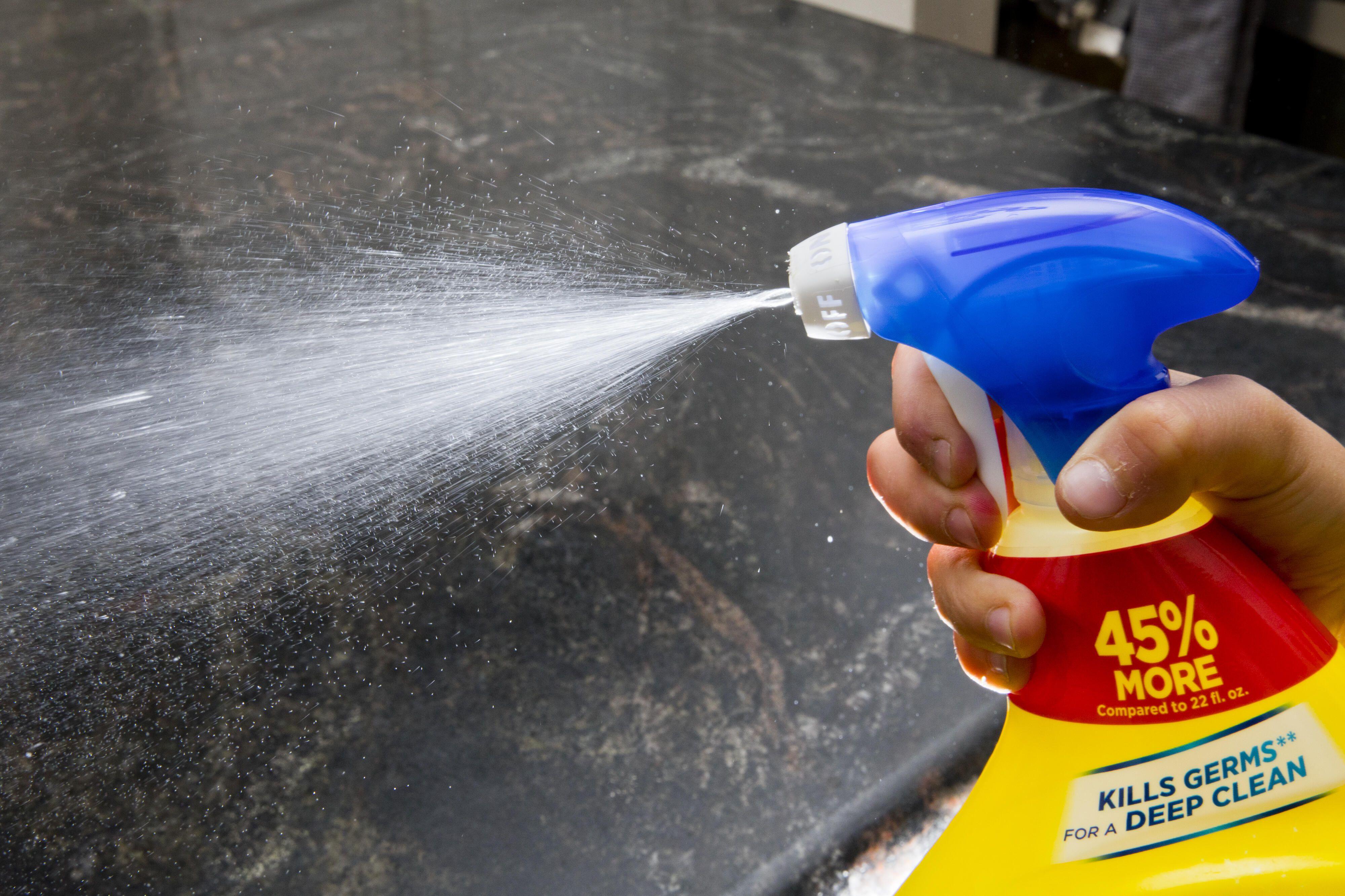coronavirus-cleaning-kitchen-spray-disinfectant-6620