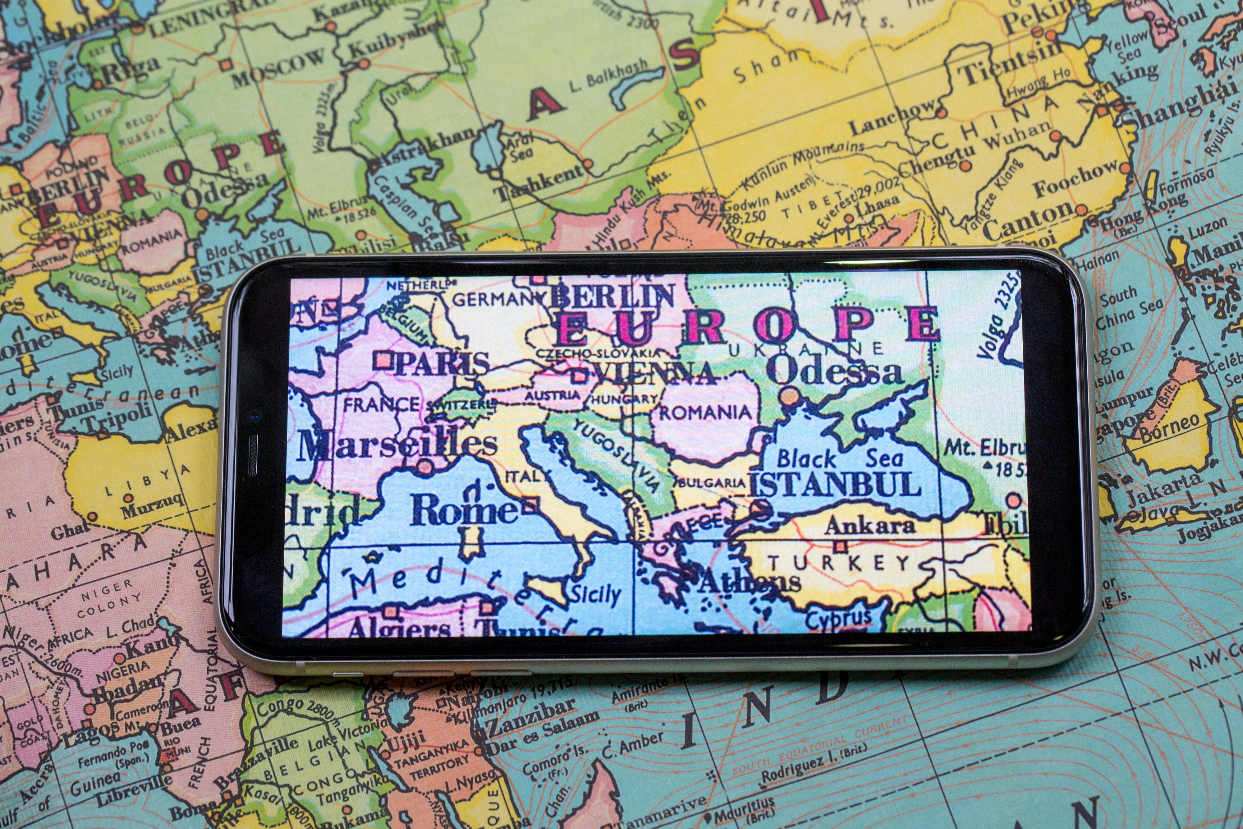 world-map-apple-iphone-11-0294