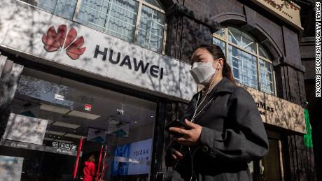 US pushes for new crackdown on Huawei, raising concerns of retaliation against American companies