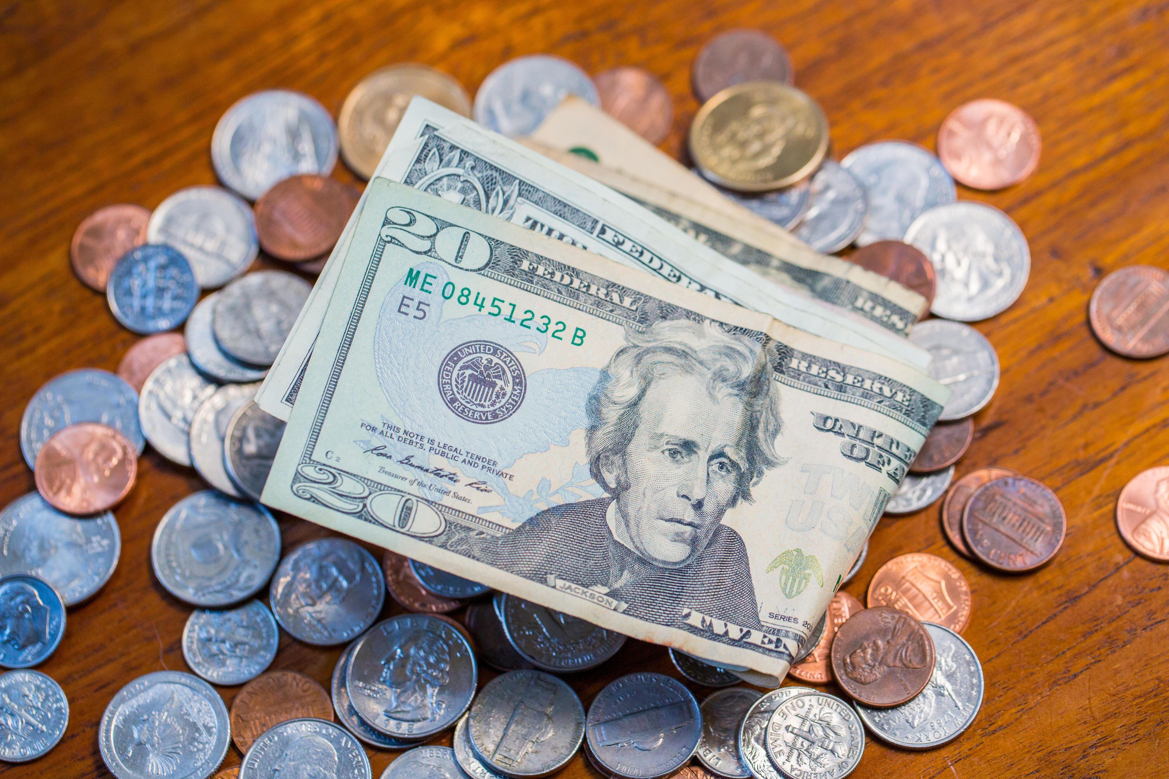 money-bills-coins-wallet-0538