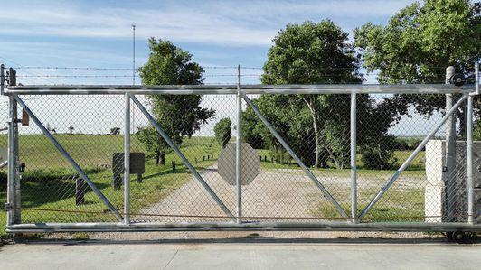 hta-bunker-gate