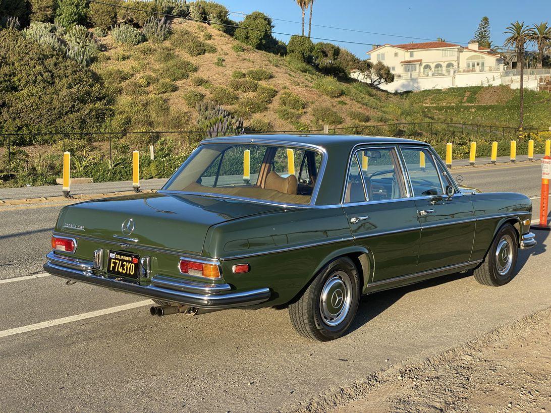 1970-mercedes-benz-280se-002