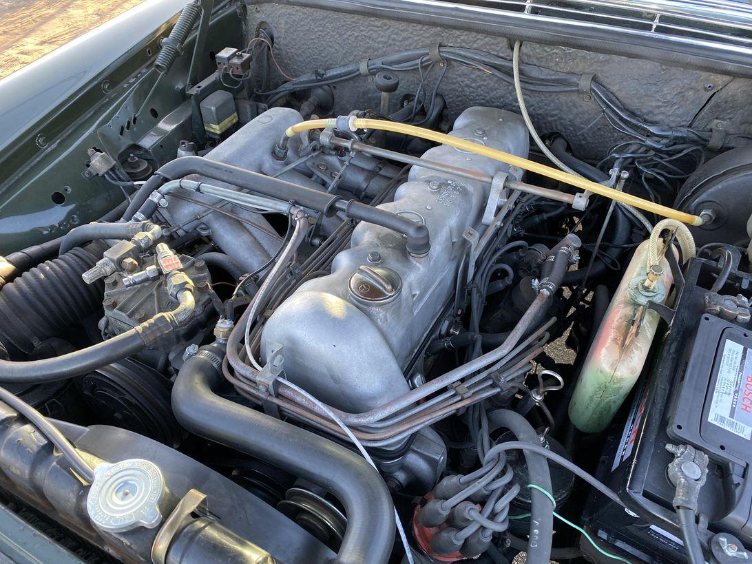 1970-mercedes-benz-280se-011