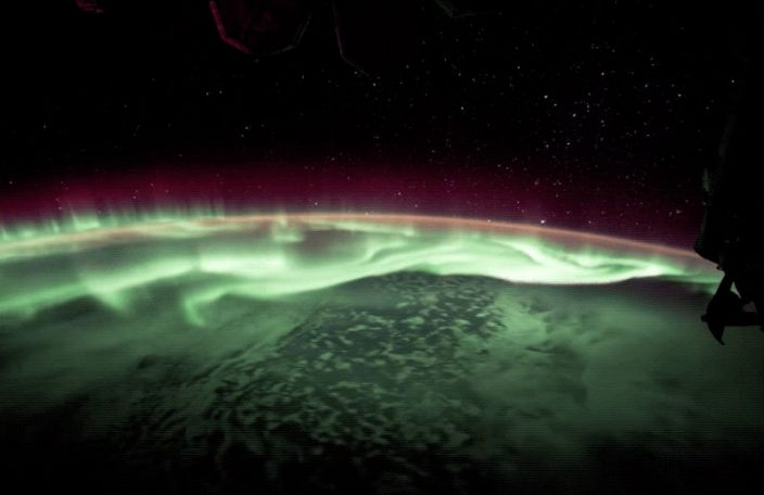 """The Aurora Australis, or southern lights, as seen from the International Space Station, on June 25, 2017. <p class=""""copyright""""><a href=""""https://www.youtube.com/watch?v=ArHwh3xkEa8"""" rel=""""nofollow noopener"""" target=""""_blank"""" data-ylk=""""slk:NASA"""" class=""""link rapid-noclick-resp"""">NASA</a></p>"""