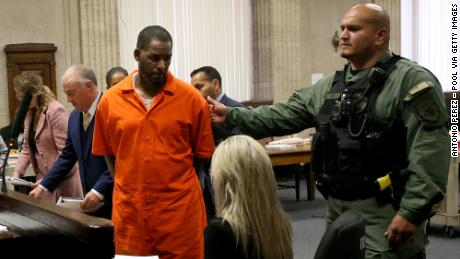 R. Kelly attacked by fellow inmate in his Illinois jail cell, his attorneys say