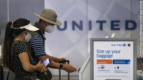 Airlines desperately need people to fly. That's why United is dumping change fees