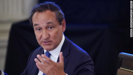 """Oscar Munoz, chairman of United Airlines, said the airline industry likely won't recover until there is a vaccine. """"Confidence in the health aspect is going to bring back conferences, bring back corporate travel,"""" Munoz said."""