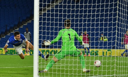 Lewis Dunk misses a golden opportunity to pull Brighton level before Chelsea's third goal.