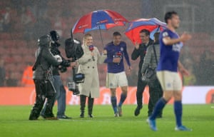 Kelly Cates and Gary Neville interview Leicester's Jamie Vardy in the rain after a game at Southampton.