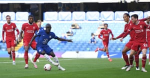 Kante finds his way to goal blocked.
