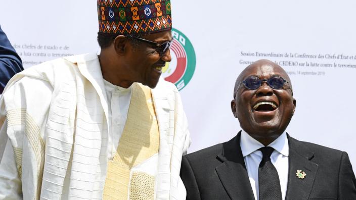 Nigeria's President Muhammadu Buhari (L) and his Ghanaian counterpart Nana Akufo-Addo in happier times at an Ecowas meeting last year