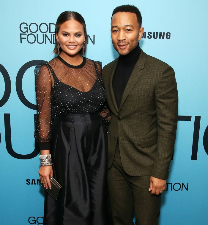 Chrissy Teigen John Legend Buy 17 5 Million Mansion Ahead Baby No 3