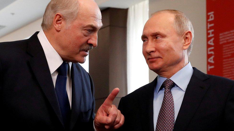 File photo showing Belarusian President Alexander Lukashenko and Russian President Vladimir Putin in Sochi on 15 February 2019