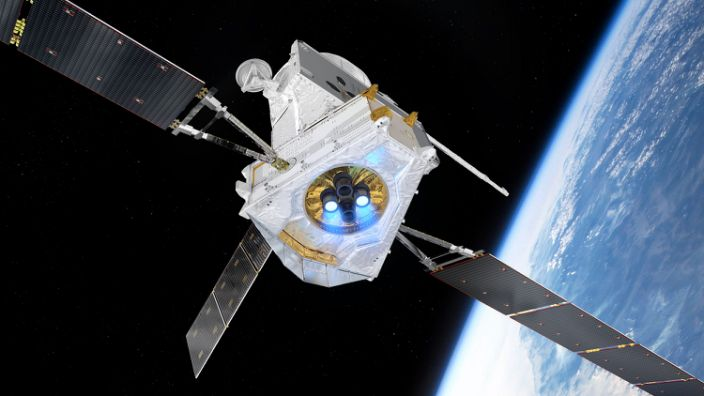 "An artist's impression of the BepiColombo spacecraft flying past Earth. <p class=""copyright"">ESA/ATG medialab</p>"