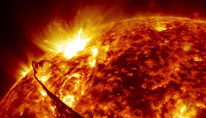 "An artist's concept shows a solar flare exploding on the sun and sending plasma into space. <p class=""copyright""><a href=""https://www.youtube.com/watch?v=GSVv40M2aks"" rel=""nofollow noopener"" target=""_blank"" data-ylk=""slk:NASA Goddard"" class=""link rapid-noclick-resp"">NASA Goddard</a></p>"