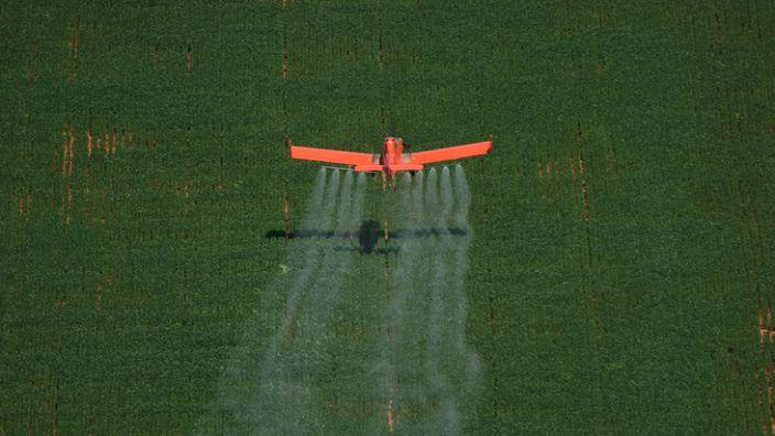 Spray plane in Brazil