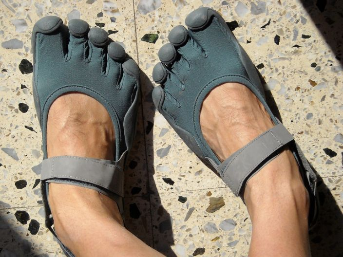 "A pair of Vibram Five Finger minimalist shoes. <p class=""copyright""><a href=""https://commons.wikimedia.org/wiki/File:Vibram_FiveFingers_Sprint_Coconut_Goblin_Blue.JPG"" rel=""nofollow noopener"" target=""_blank"" data-ylk=""slk:Wikimedia Commons"" class=""link rapid-noclick-resp"">Wikimedia Commons</a></p>"