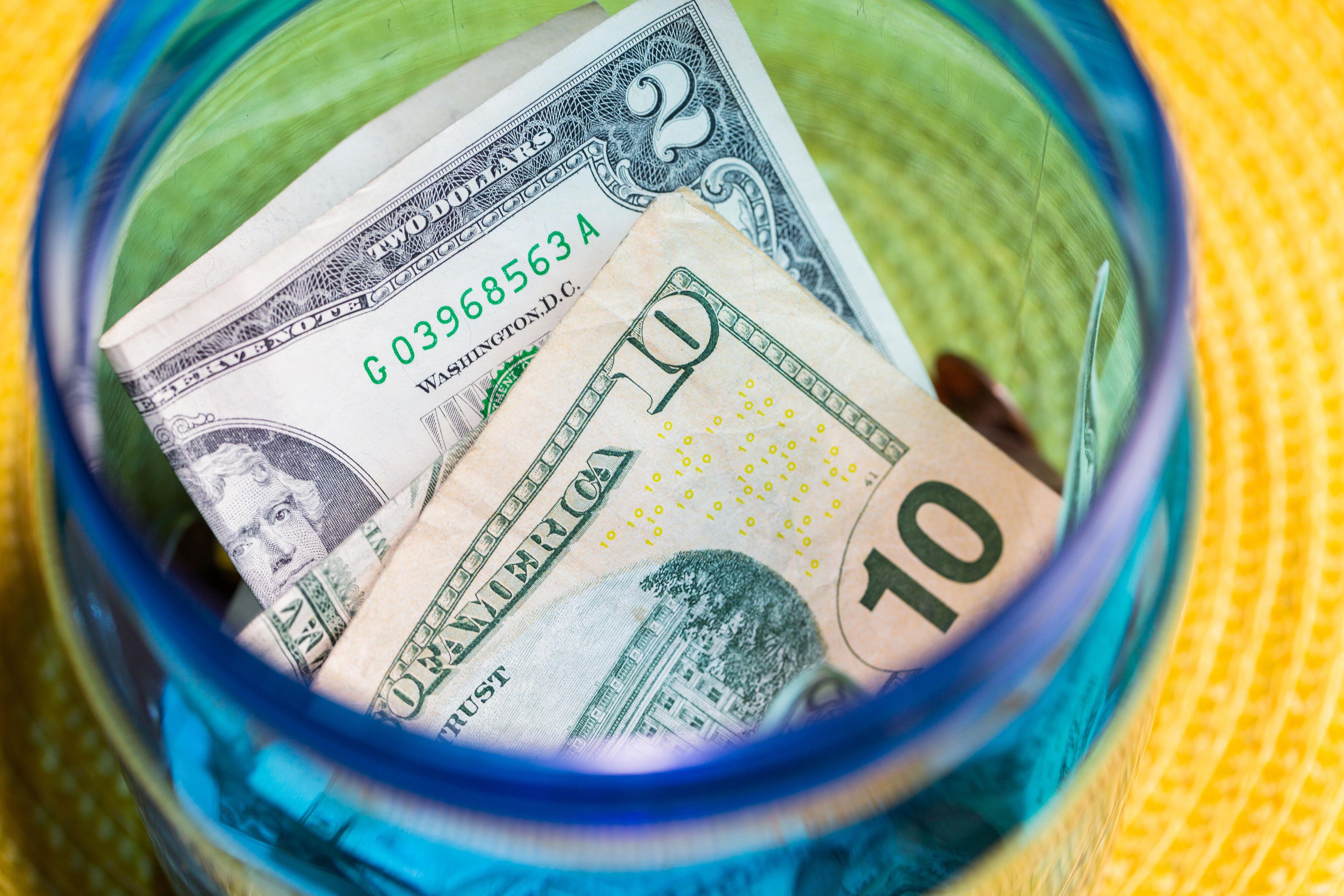 money-cash-dollars-bills-bank-stimulus-covid-finance-7113