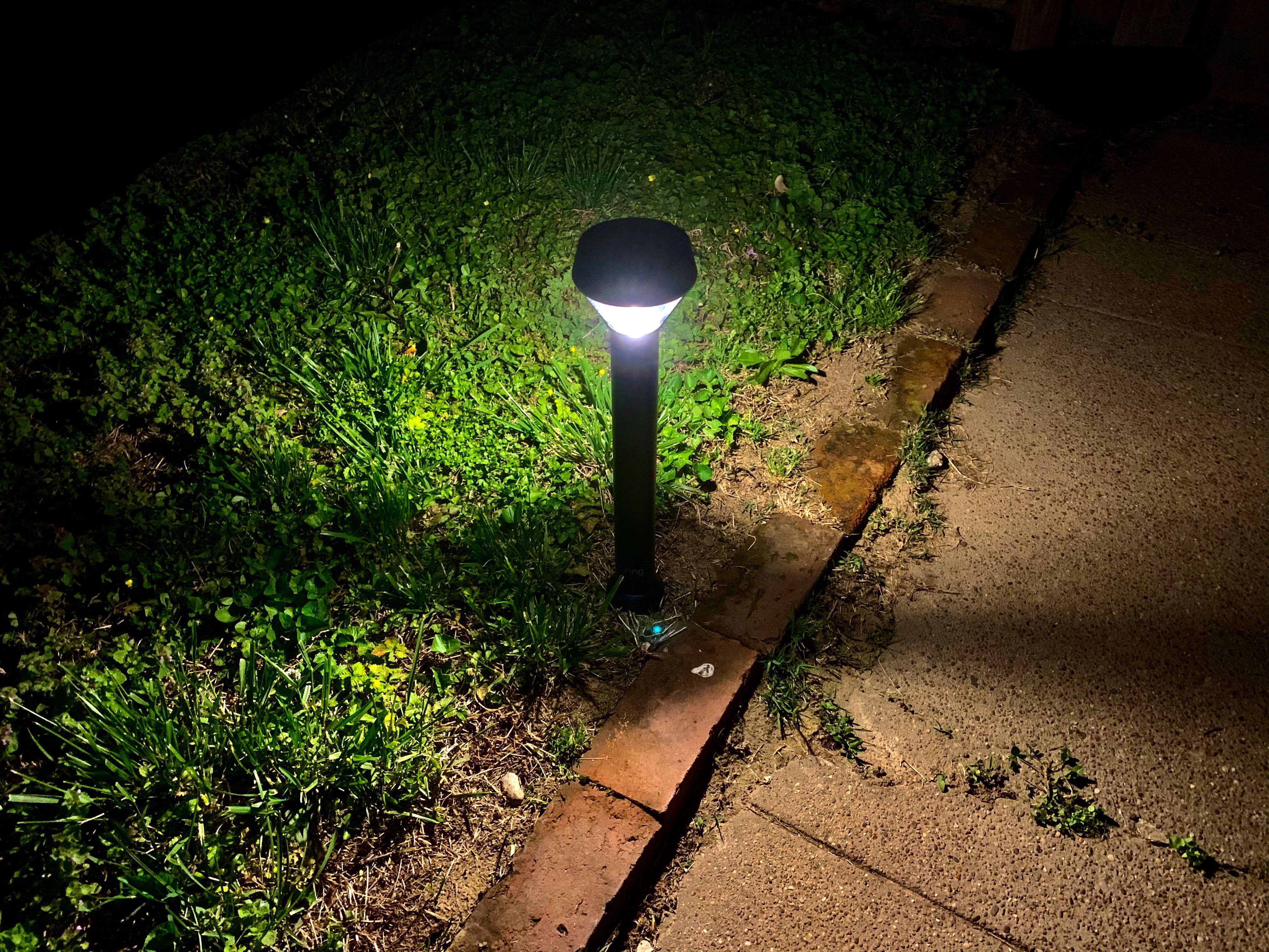 ring-pathlight-solar-night