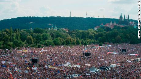 The 'biggest protest since the fall of Communism' in Prague called for the resignation of the 'Czech Trump'
