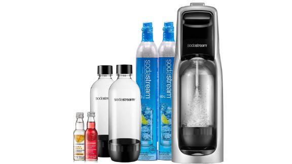 SodaStream Jet Sparkling Water Maker, Bundle