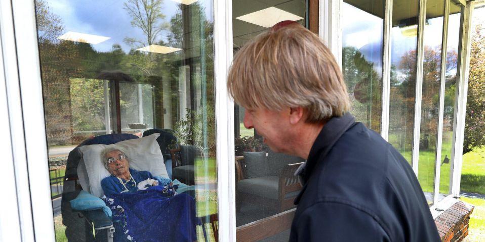 mother nursing home coronavirus social distancing