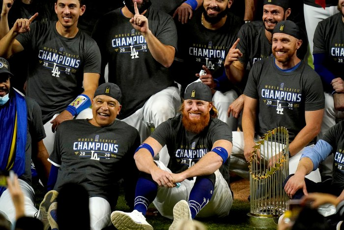 Dodgers Justin Turner Slammed for Celebrating World Series 2020 Win After Testing Positive for Coronavirus Mid-Game
