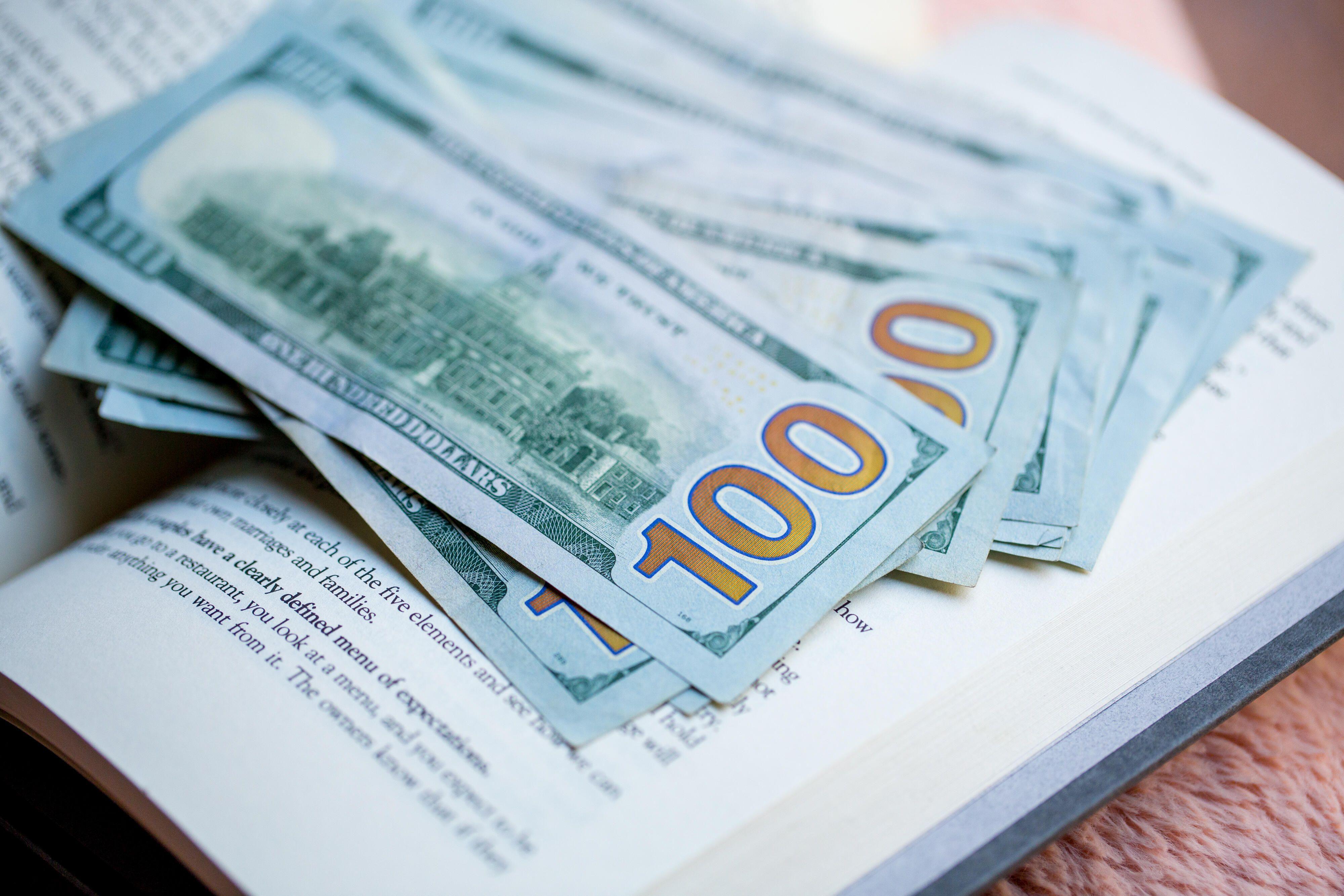 money-dollar-bill-cash-finance-stimulus-covid-9786