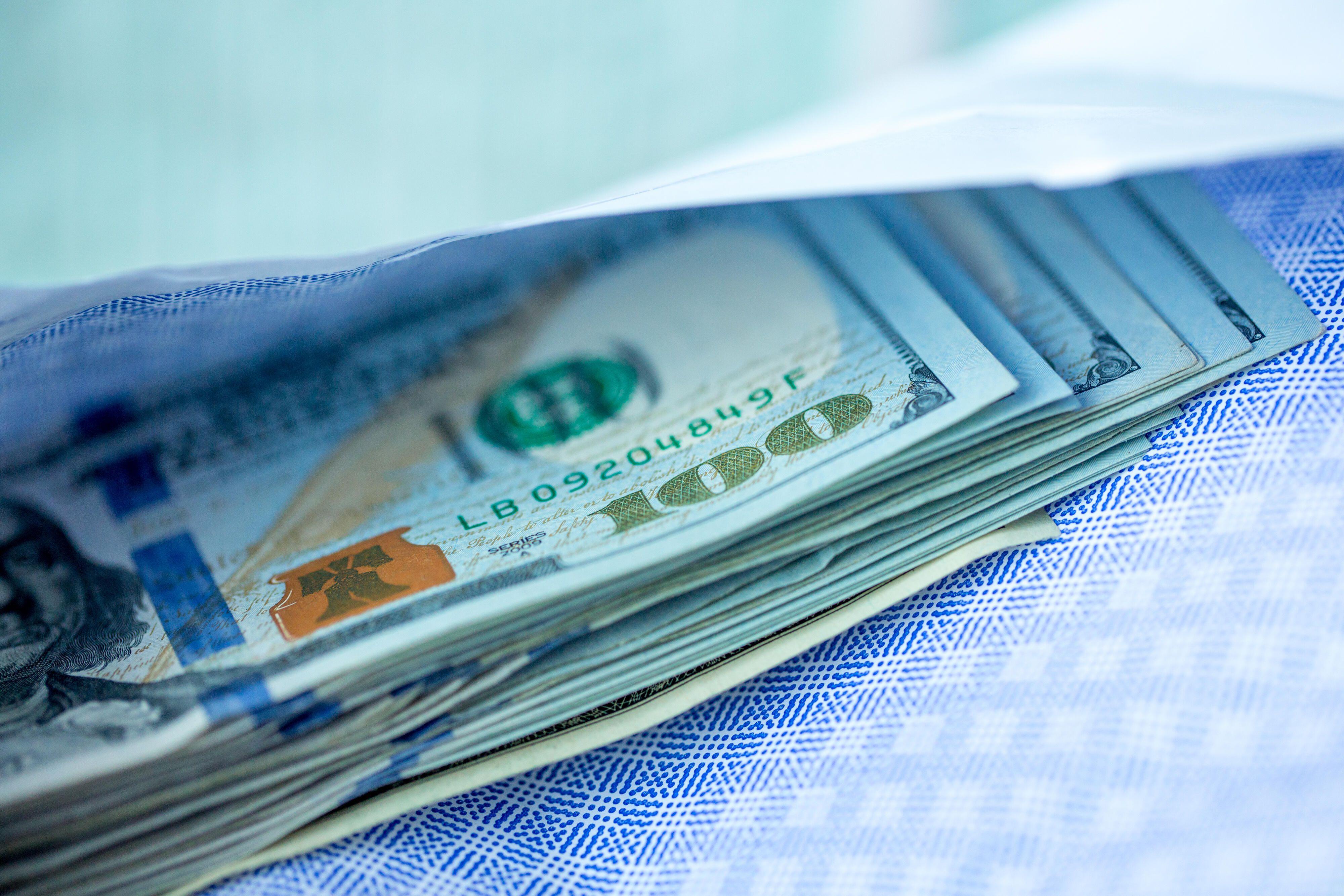 money-dollar-bill-cash-finance-stimulus-covid-9383